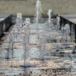 Brunnen am jüdischen Zentrum am St. Jakobs Platz in München