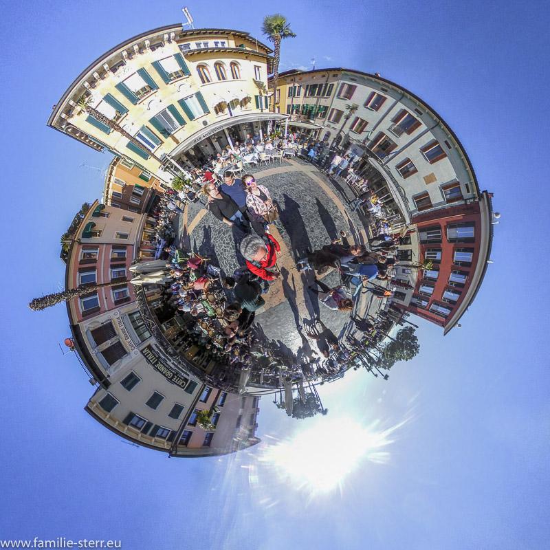 Sirmione / Piazza Giosue Carducci als Little Planet