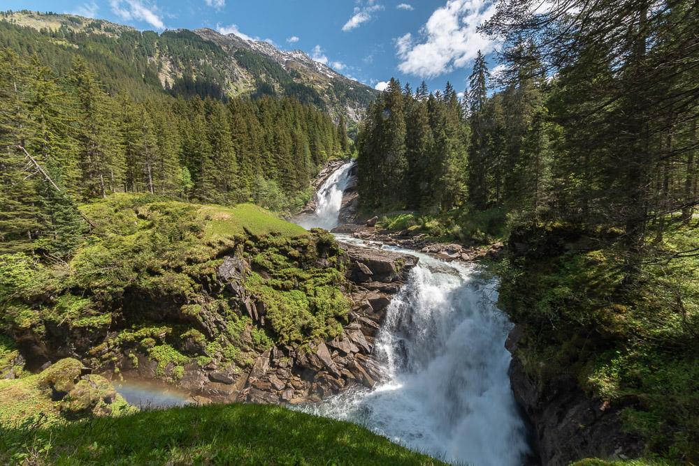Blick vom Bergersteig auf den mittleren Fall bei den Krimmler Wasserfällen