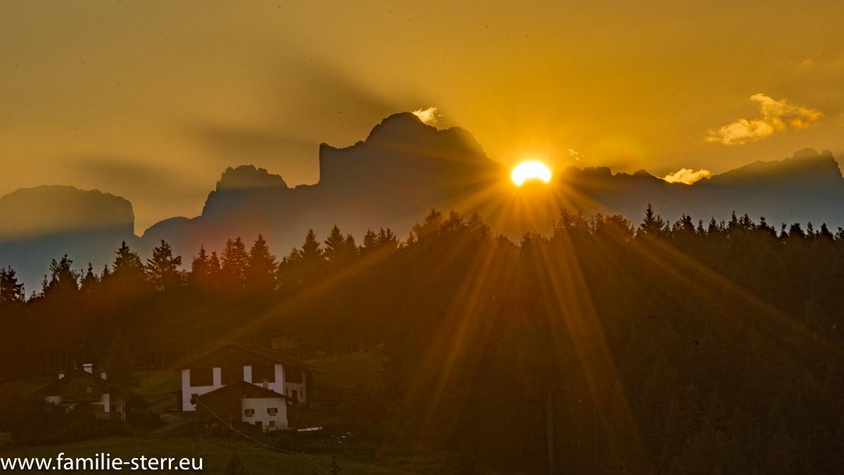 Sonnenaufgang in Südtirol