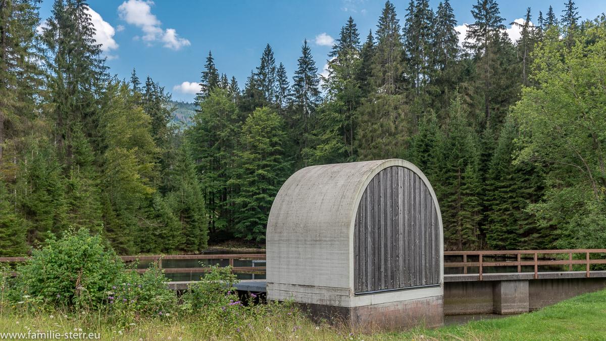 Vorsperre am Kleinen Regen / Trinkwassertalsperre Frauenau