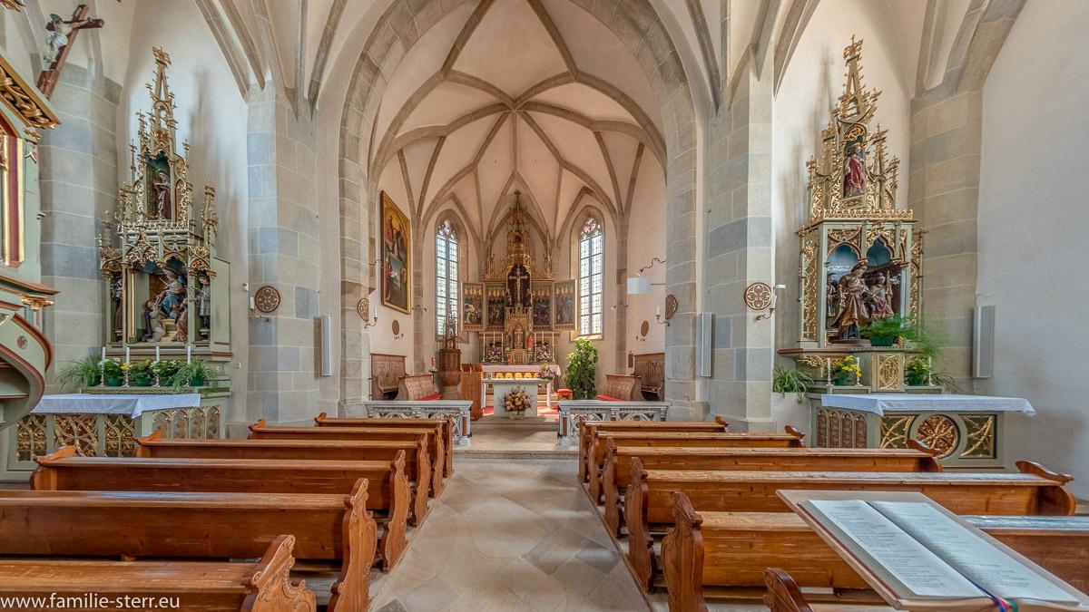 Innenraum der Pfarrkirche der Gemeinde Aldein in Südtirol