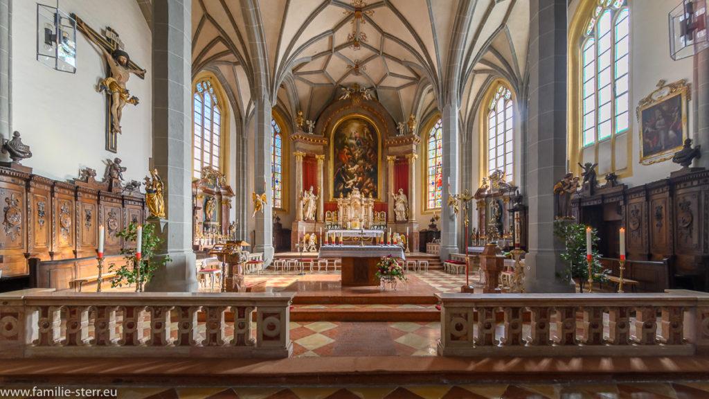 Altarraum der Pfarrkirche Altötting