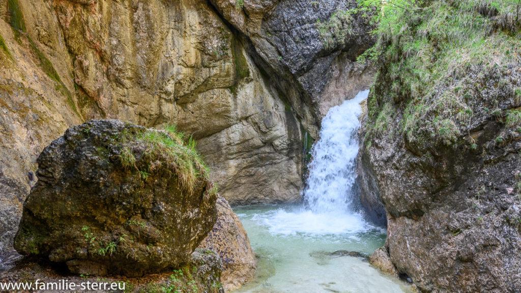 Wasserfall in der Almbachklamm