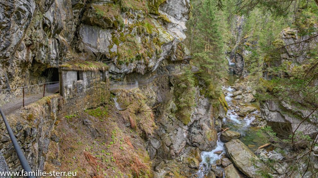 Rofflaschulcht bei Andeer / Schlucht des Hinterrheins in Graubünden
