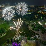 Feuerwerk beim imPark Sommerfestival 2019 von der Aussichtskanzel des Olympiaturms aufgenommen