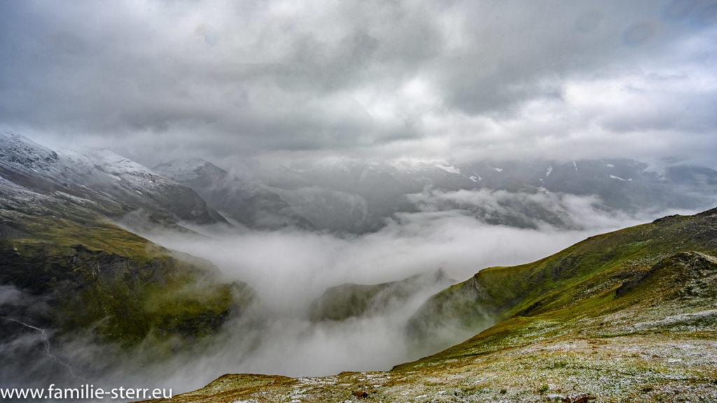 Nebel und Regen an der Großglockner - Hochalpenstraße