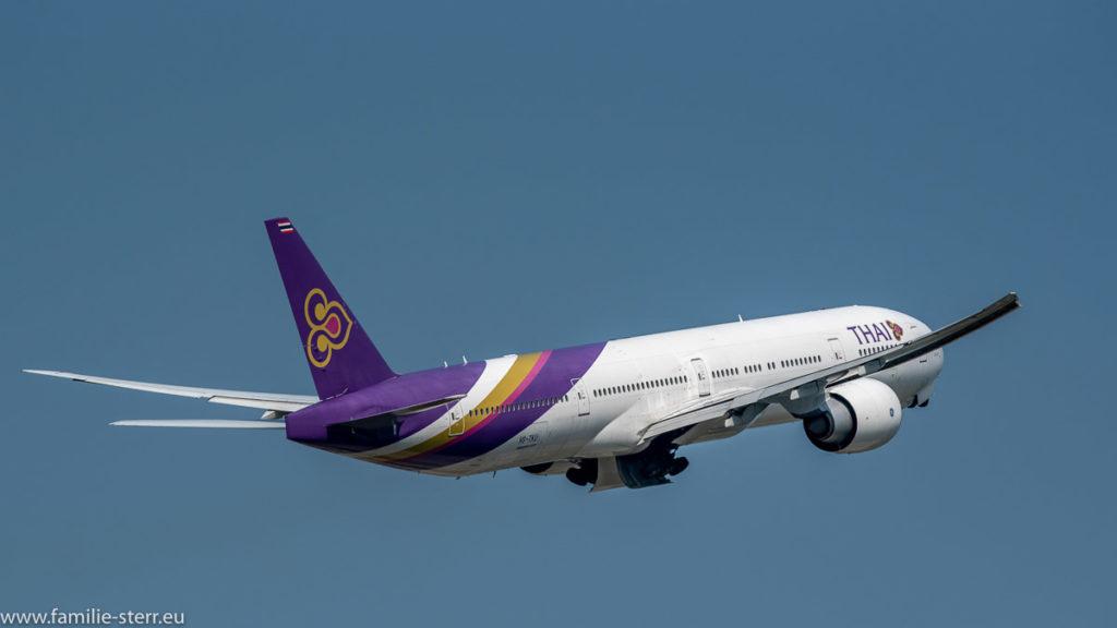 Boeing B777-3D7(ER) Thai Airways