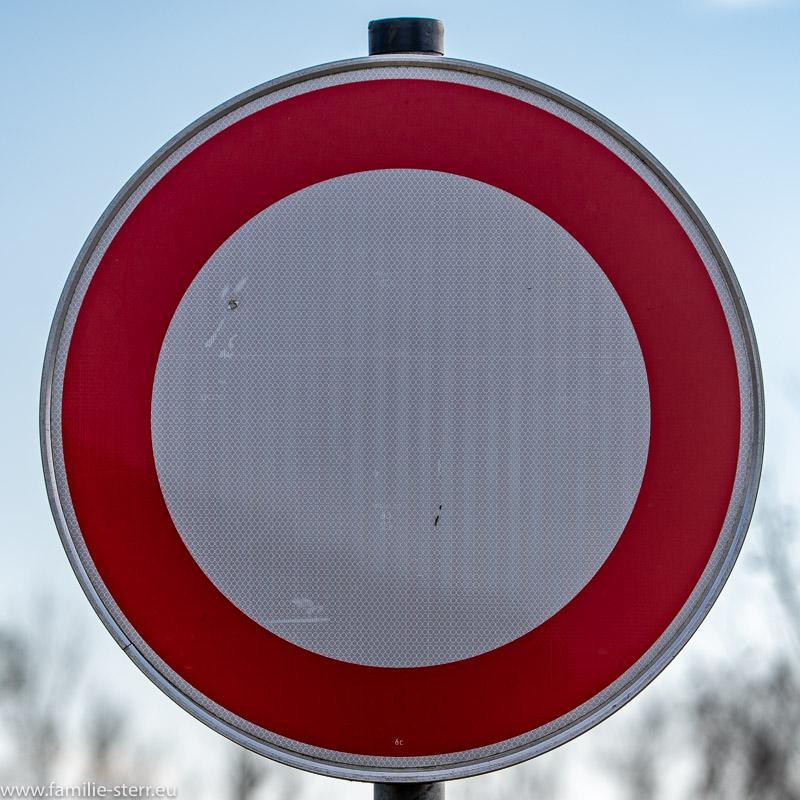 Verkehrszeichen 250 - Verbot für Fahrzeuge aller Art
