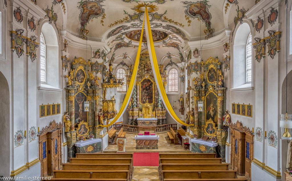 Innenraum der Kirche St. Michael Kallmünz