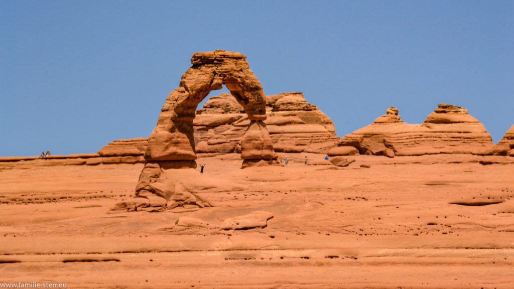 Blick auf den Delikate Arch im Archer Nationalpark in Utah