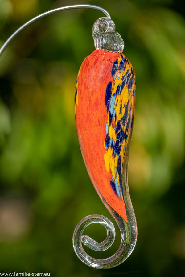 rote - gemusterte Glasfigur in Form eines Spitzpaprika von Joska Glaskunst in Bodenmais