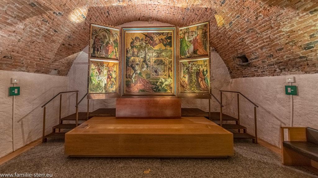 alter Bilderaltar im Museum des Kloster Neustift