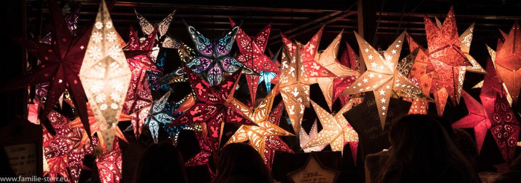 Weihnachtsdekoration auf dem Münchner Christkindlmarkt
