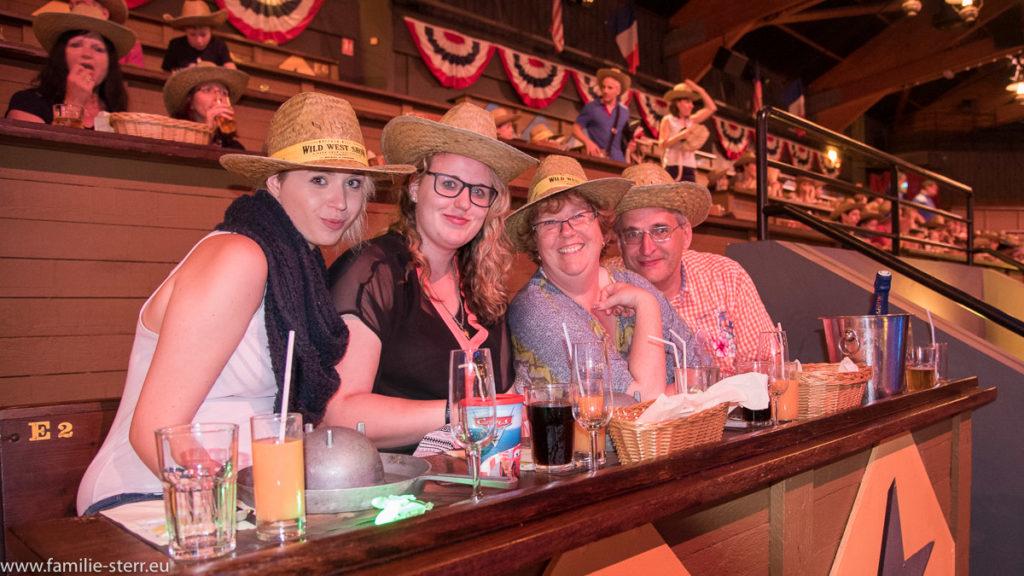 Familie Sterr bei Buffalo Bills Wild West Show - Disneyland Paris