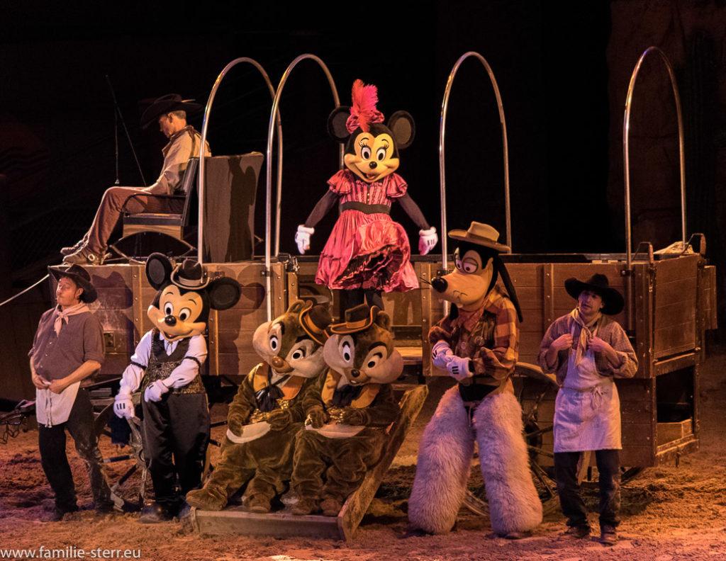 Disney - Charaktere auf einem Chuck - Wagon Buffalo Bills Wild West Show - Disneyland Paris