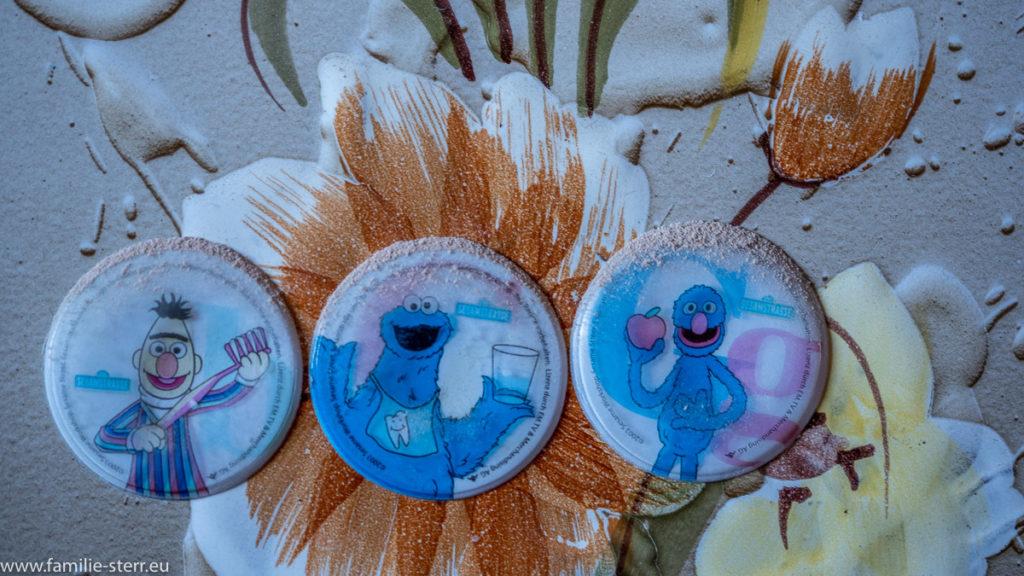 Sesamstraßenaufkleber auf einer Badfliese