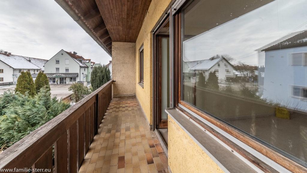 Balkon ohne Holzverkleidung